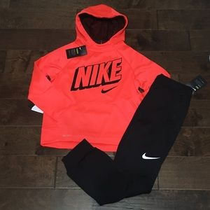 Big Boy's Nike Hoodie & Pants Bundle, Sz M NWT
